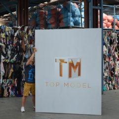 Top Model i odzież używana ! Ekipa TVN w sortowni odzieży! Kulisy odcinka